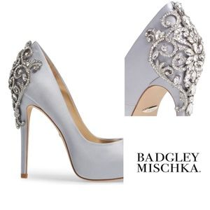 Badgley Mischka Karolina embellished pump 8.5